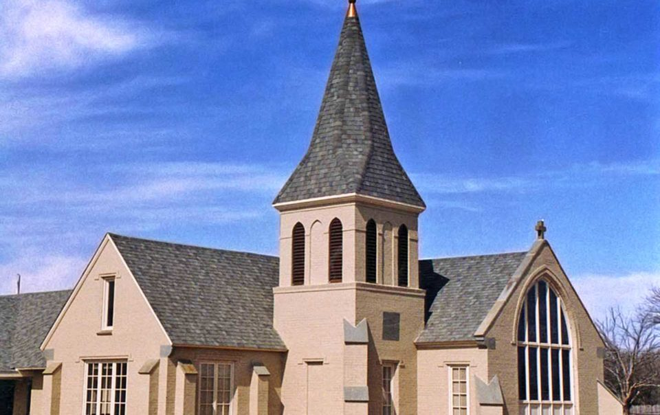 tower and exterior of st. matthew's united methodist church in dallas